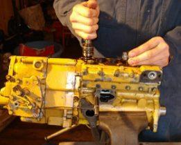 Проверка ТНВД и регулятора двигателя CAT 3306